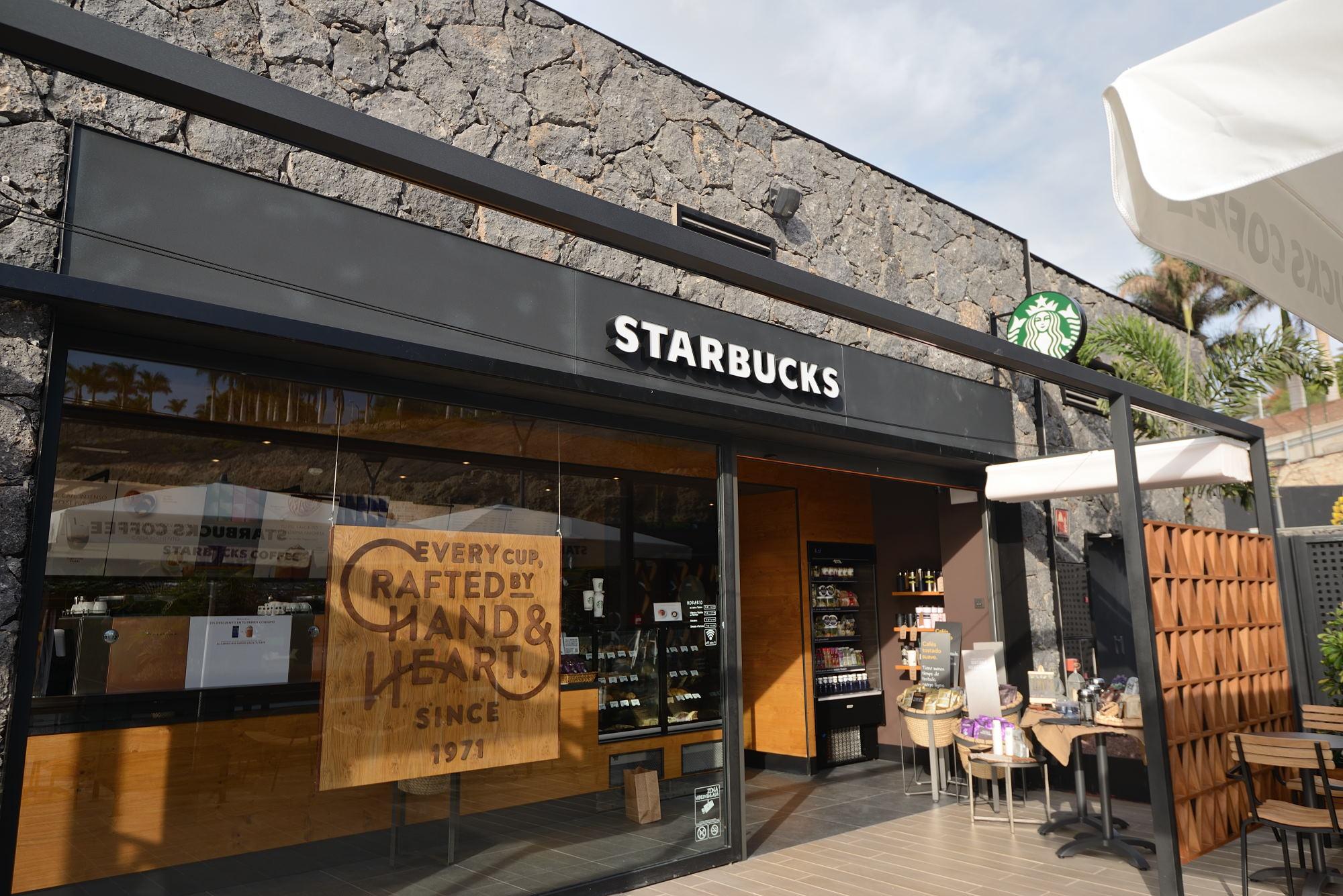 Starbucks inaugura su primera tienda en Tenerife