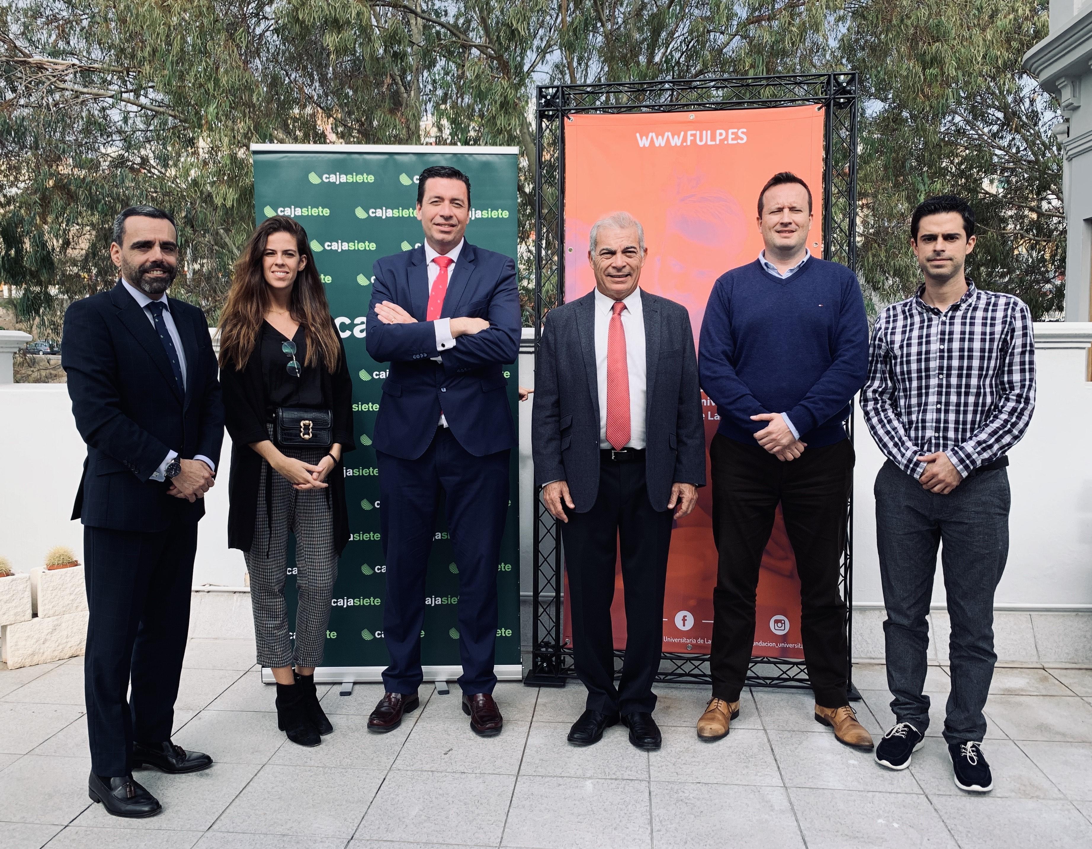 Cajasiete colaborará con la Fundación Universitaria de Las Palmas con el proyecto Enseñar para Emprender donde más de 1.300 alumnos aprenderán a crear una empresa